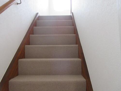 階段フロア施工後